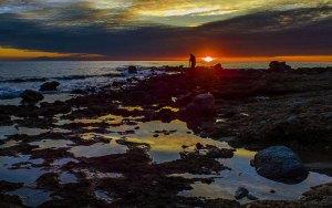 spiaggia grotticelle di sera
