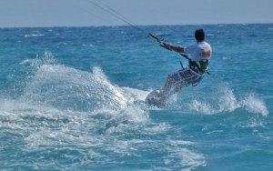 kite surf in calabria surfando
