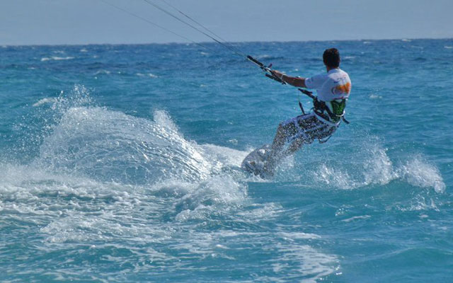 kite surf in calabria surfando