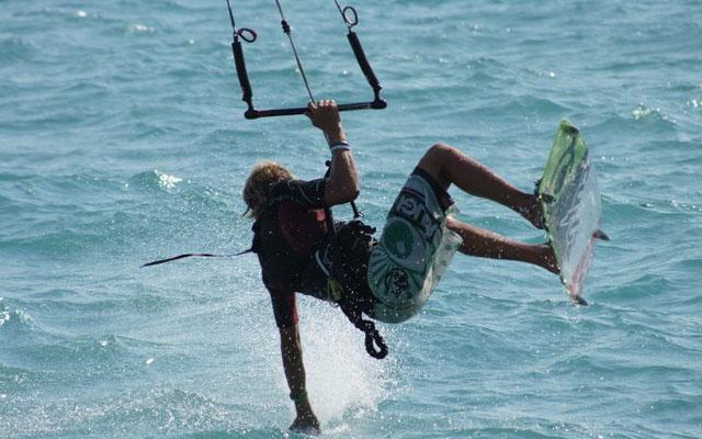 kitesurf-salto