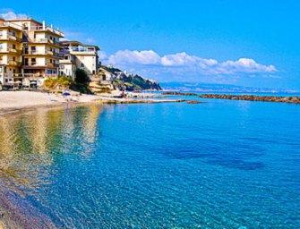 Estate in Calabria tra le grotte e le spiagge di Pizzo