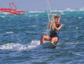 kitesurf in Calabria, vacanze tra il vento e le onde