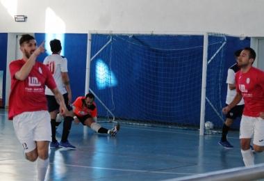 De Vincenti esulta dopo la rete del 2-0