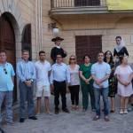 Concentració a les portes de l'Ajuntament de Son Servera, en contra de l'aute que deixa en llibertat a La Manad