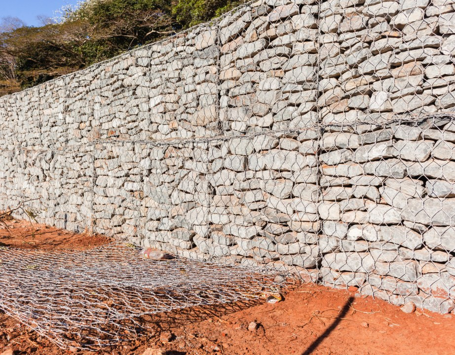 retainer wall