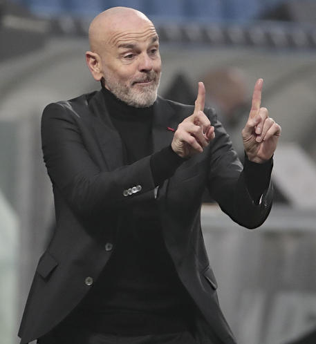 Milan's coach Stefano Pioli reacts during the Italian Serie A soccer match US Sassuolo vs AC Milan at Mapei Stadium in Reggio Emilia, Italy, 20 December 2020. ANSA /SERENA CAMPANINI