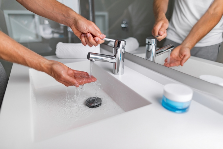 7 home remedies for a clogged bathroom