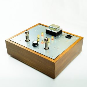 6BM8/ECL82 SE Classique Kit - pictured in a custom-made elm wood chassis and stocked mounting plate.