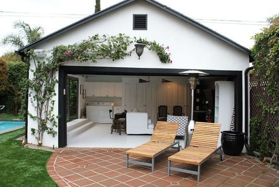 The California Dream (or nightmare)?: Converting garages into homes