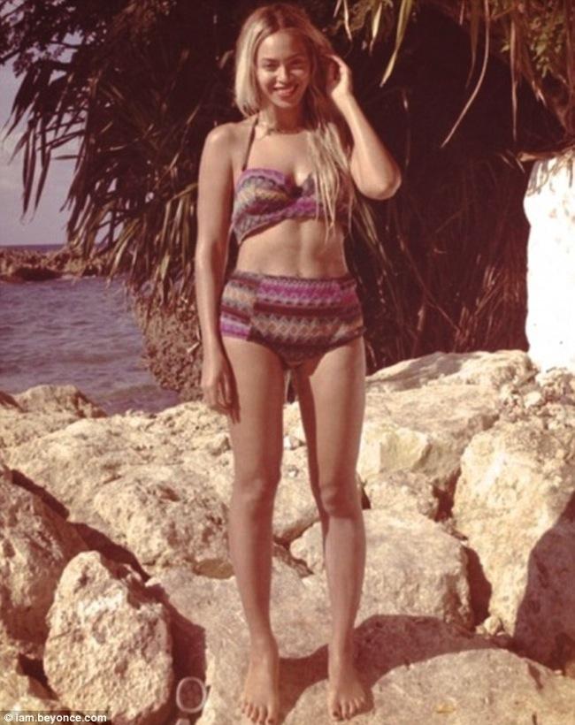 Beyonce bikini pics 1