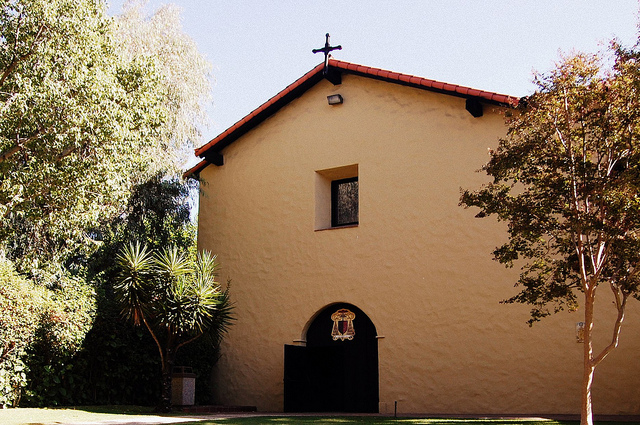 Mission San Fernando Rey de España. Photo by Shubert Ciencia -- https://creativecommons.org/licenses/by-nc/2.0/