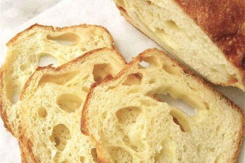 Semolina Cheese Bread