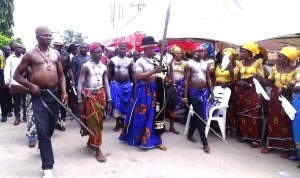 HRM Obol Ofem Ubana Eteng acknowledging waves from the crowd at the festival
