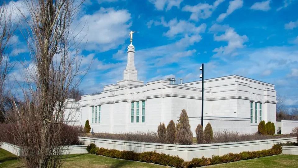 Montreal-Quebec-Temple2