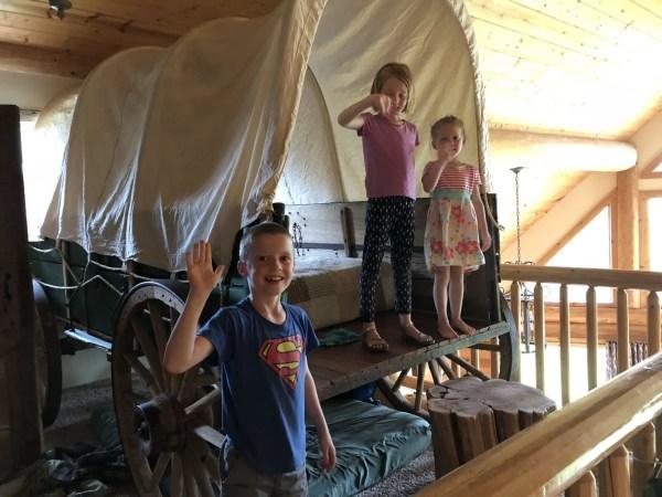 Nauvoo Log Cabins