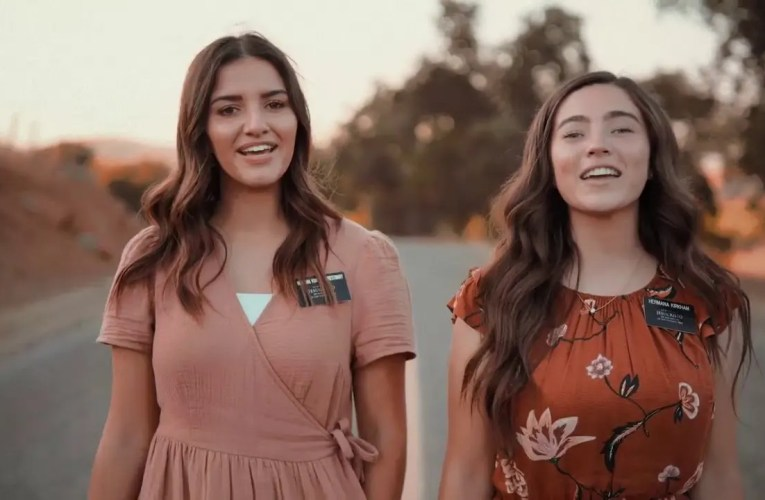 Sister Missionaries in California Sing I Feel My Savior's Love Like You've Never Heard it Before
