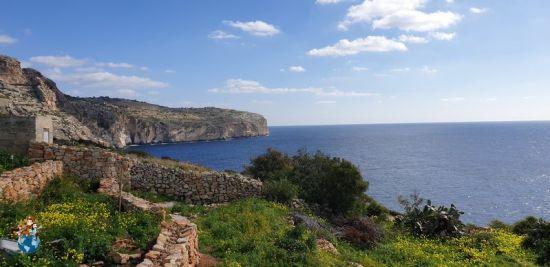 Acantilados camino de la Blue Grotto