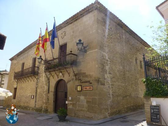 Casa consistorial de Rubielos de Mora