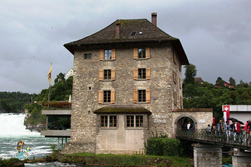 Castillo Wörth en Neuhausen am Rheinfall