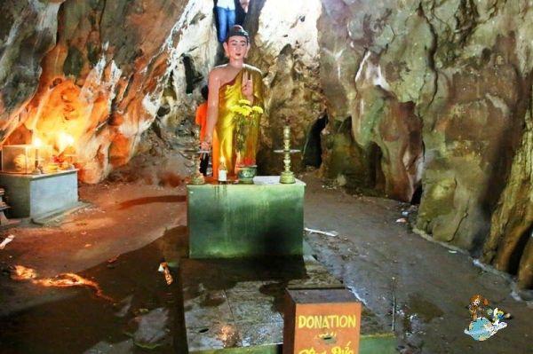 Cueva Vang Thong
