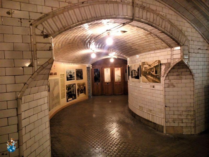 Entrada Estación fantasma de Chamberí