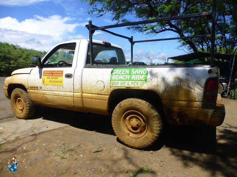 Vehículos ilegales para llegar a Green Sand Beach -Papakōlea