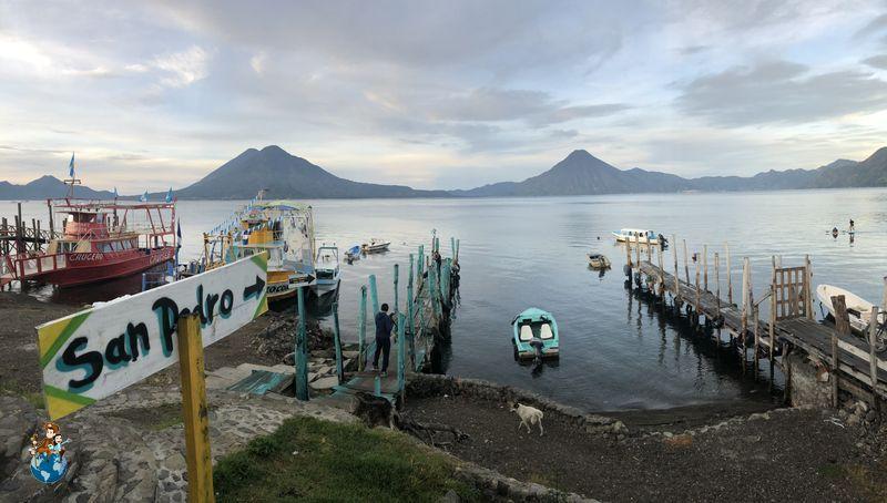 Embarcadero Lago Atilán