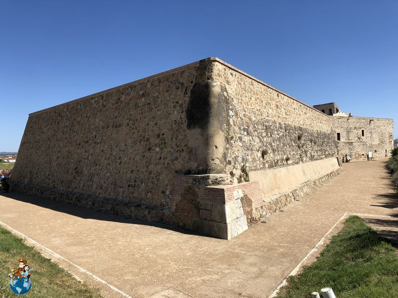 Murallas abaluartadas de Olivenza