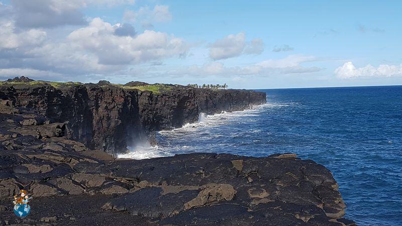 Acantilados de basalto en el Parque Nacional de los Volcanes