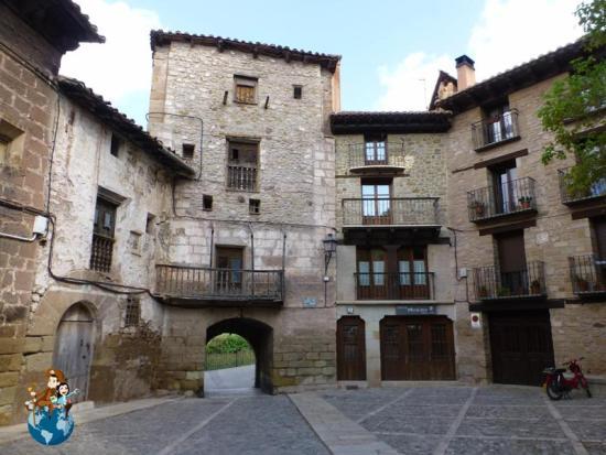 Portal de las Monjas - Mora de Rubielos