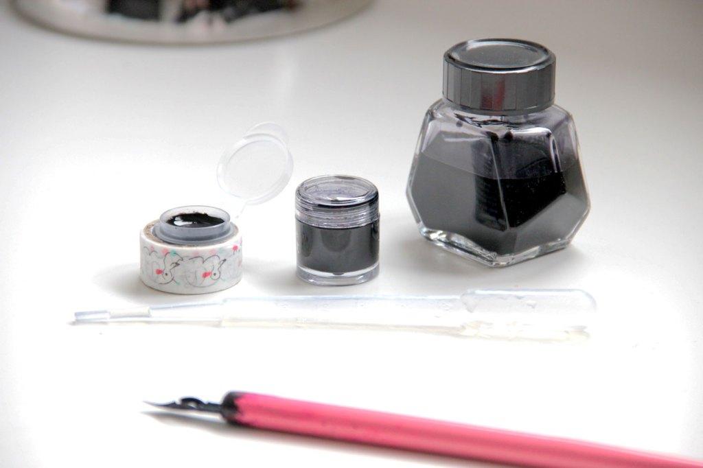 vasetti-inchiostro-pipetta