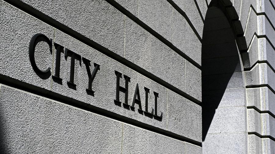 city-hall-506-900