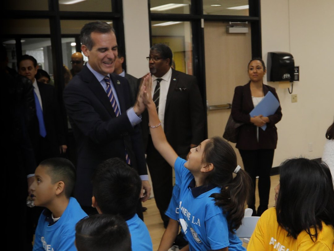 Los Angeles Mayor Eric Garcetti with students at the Weingart East Los Angeles YMCA