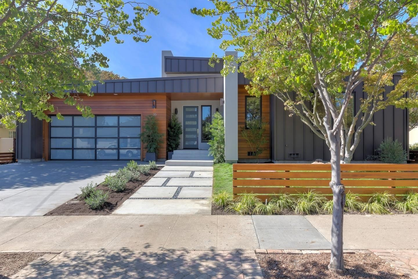House For Sale In Redwood City