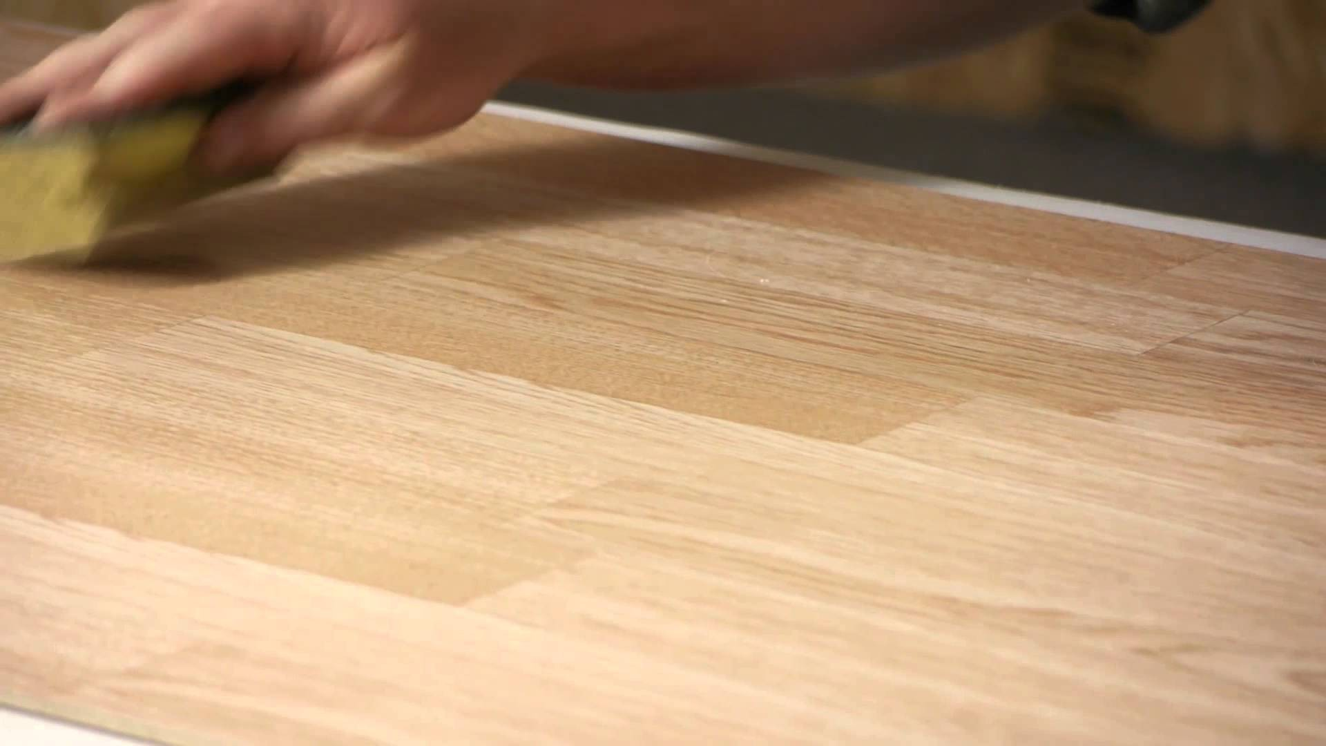How To Clean Laminate Floors Without Streaking