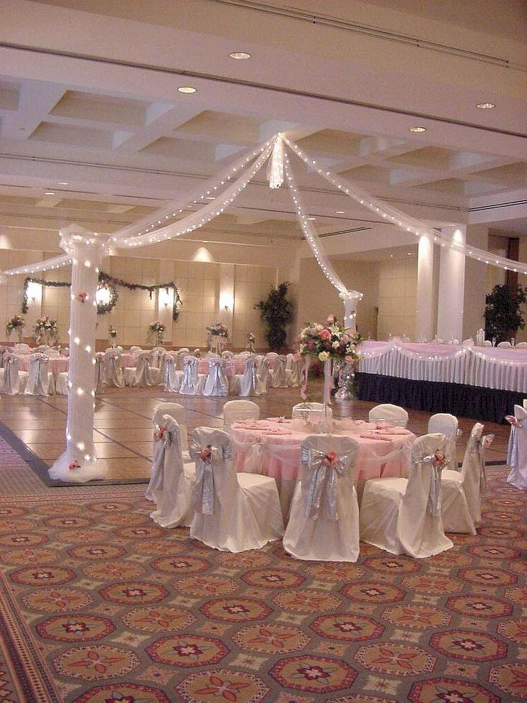 Quinceanera Decorations For Tables