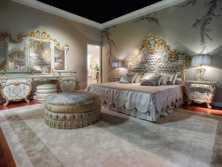 Classic Italian Bedroom Furniture