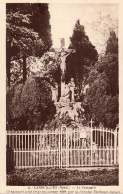 Calvaire Thiébeaux érigé en 1901 à l'origine