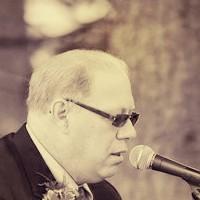 Pastor Mike Morris