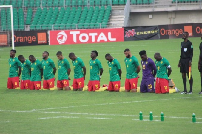 Cameroon's Indomitable Lions Take A Knee In Support Of 'End Anglophone Crisis' – CameroonOnline.org