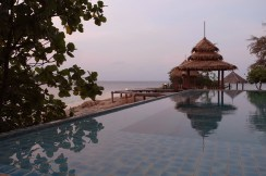 Koh Munnork, the pool