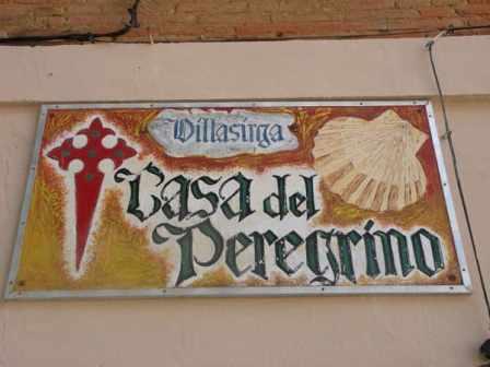 Villal-Cazar-de-Sirga-10-bar-sign-02