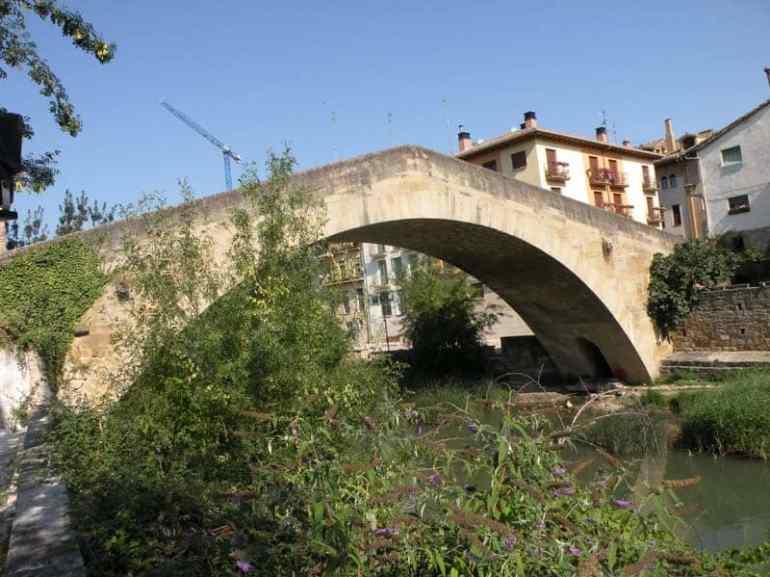 Cirauqui - Villamajor de Monjardin 18 Estella 10 bridge