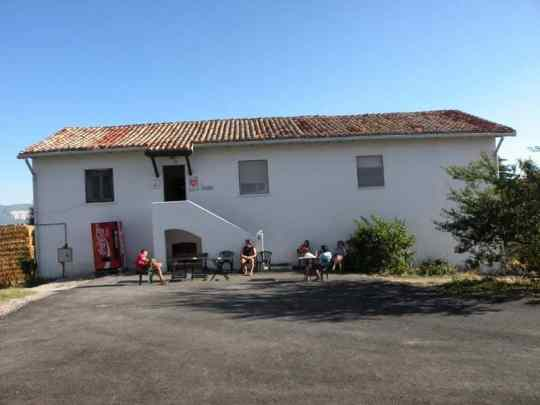 Cizur Minor 12 albergue 12 civil part