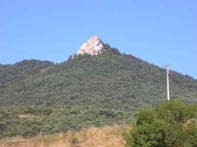 Larrasoana - Cizur Minor 02 rock horizontal