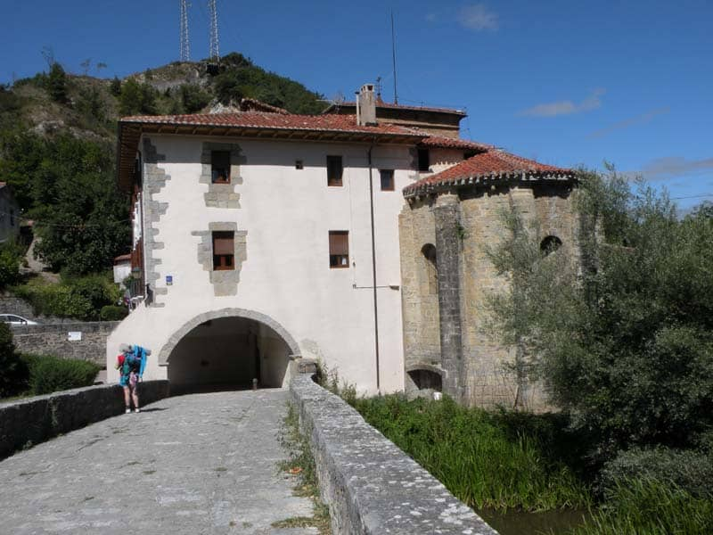 Larrasoana - Cizur Minor 16 Iroz 02 gate
