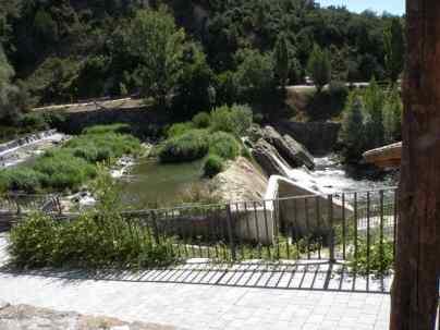 Larrasoana - Cizur Minor 19 Iroz 05 river