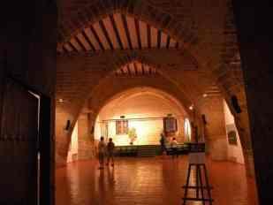 Viana 22 gallery - ex refugio 02