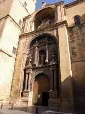 Viana - Sote 15 Logrono 12 church entry