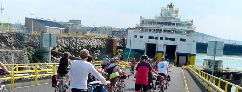 Ferry para cruzar desde Francia a Reino Unido